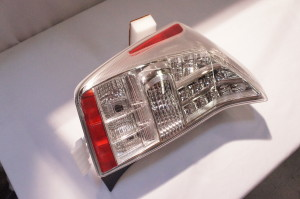2004 2005 toyota prius left tail light assembly 81561. Black Bedroom Furniture Sets. Home Design Ideas